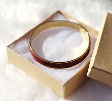 bracelet bordeaux et doré, bracelet cuir suédé bordeaux, bracelet plaqué or, bracelet manchette bordeau, bracelet bangle, bracelet de soirée