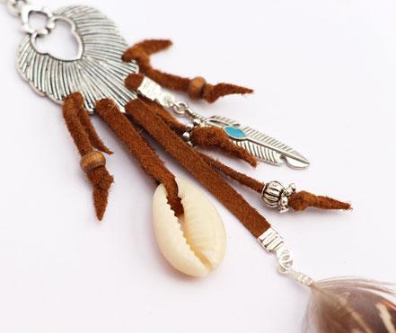 bijoux créateur, création bijoux, sautoir créateur, bijoux fait main, sautoir cuir, sautoir ethnique-chic, bijoux festival, sautoir cuir camel, sautoir plume, sautoir ethnique-chic, collier long, sarayana, sautoir bohème-chic, bijoux cuir