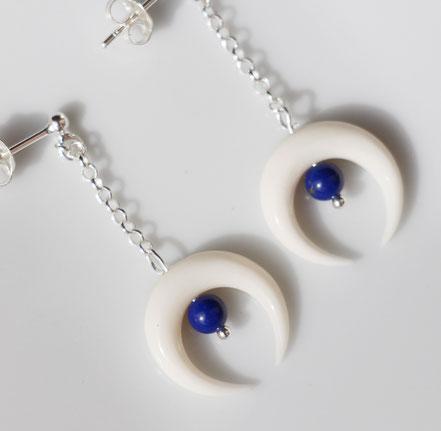 boucles d'oreille lune blanche, os taillé, boucles d'oreille argent 925, bijou lapis lazuli, boucles d'oreille de créateur