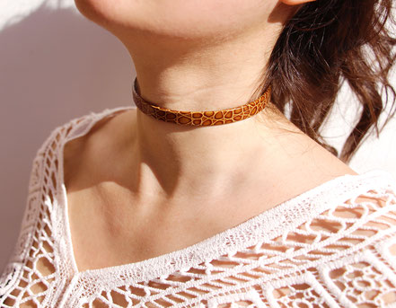 collier ras du cou, tour de cou cuir, collier cuir, collier marron léopard, choker necklace leather choker, collier marron léopard