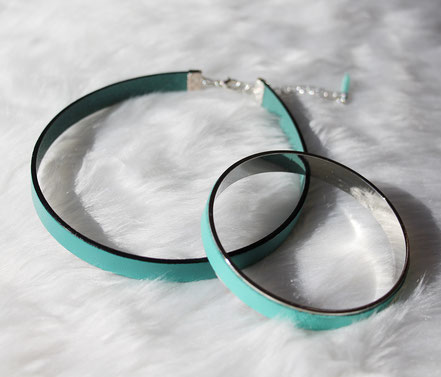 collier ras de cou, tour de cou, collier mint, collier lanière cuir,  leather choker, choker necklace