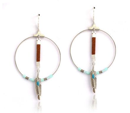 sarayana, boucles d'oreille créole, bijoux cuir, perles miyuki, ethnique chic, bijoux amérindien, plume argent, cuir véritable, bijoux fait main,