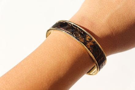 bracelet jonc doré, bracelet cuir, bracelet plaqué or, cuir serpent, bracelet cuir serpent, bracelet de créateur, cadeau noël