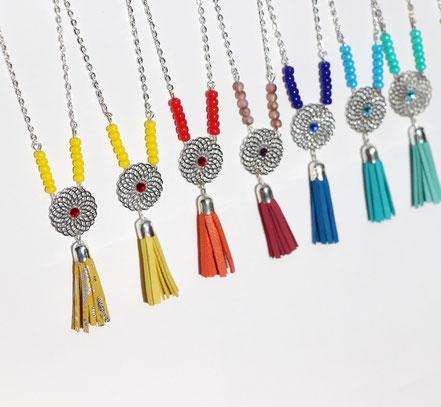 bijoux créateur, création bijoux, bijou de créateur, bijoux fait main, sarayana, sautoir bohème, bohème-chic, bijou mariage, collier mariage, rose poudré et argenté,bijoux romantique, sautoir pompons de cuir, bijoux cuir, sautoir cuir