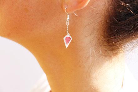 boucles d'oreille cuir, boucles d'oreille argent, corail, boucles d'oreille diamant, bijoux fait main, sarayana, bijoux géométrique, parure bijoux, bijoux cuir, bijoux élégant, bijoux fin, bijoux raffiné