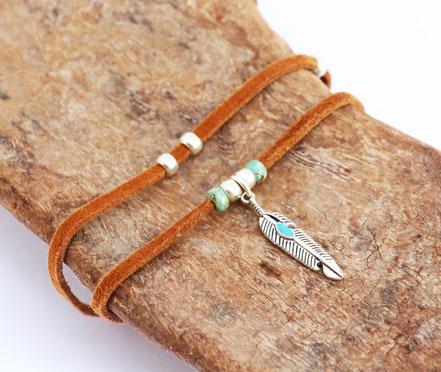 bracelet multitours, lanière de cuir véritable, bracelet cuir marron, bijoux cuir, bracelet plume argent, bijoux fait main, style amérindien, ethnique chic