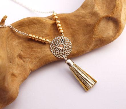 bijoux créateur, création bijoux, bijou de créateur, bijoux fait main, sarayana, sautoir bohème, bohème-chic, bijou élégant, collier mariage, doré et argenté,bijoux de soirée, sautoir pompons
