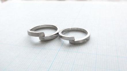 Pt900手作り結婚指輪二人の想いが無限に続くレムニスケート