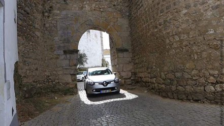 Burg / Stadtmauer  in Serpa
