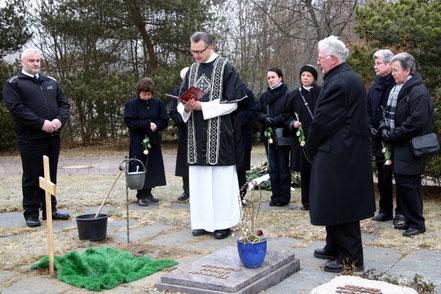 Urnenbestattung auf dem Friedhof in Titisee - 2005