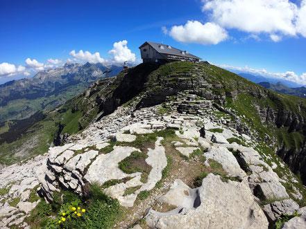 Chäserrugg-Gipfel - 2262 M