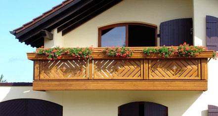 Balkongeländer Holz