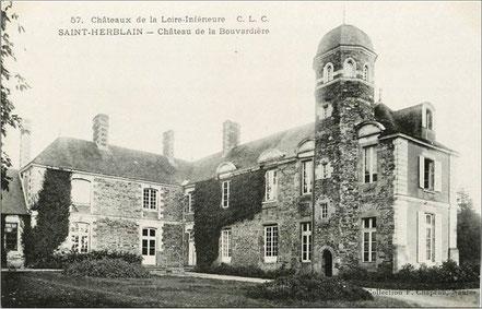 Château de la Bouvardière, caserne actuel de la CRS 42