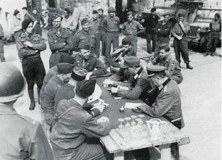 Signature de la reddition de la poche de St NAZAIRE,le 08 mai 1945, à CORDEMAIS
