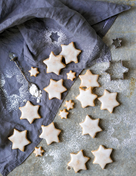 vegan cinnamon star cookies