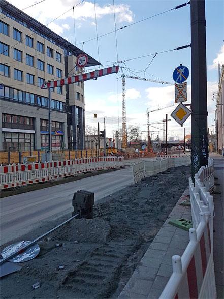 Bauarbeiten Am Tunnel im Zentrum von Magdeburg.