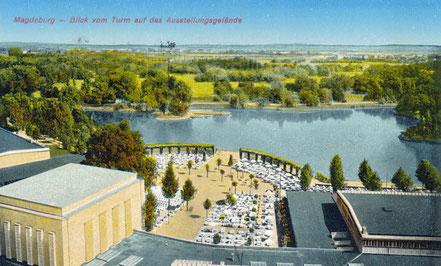 Blick vom Turm über das Ausstellungsgelände