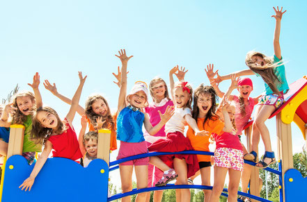 Kindergarten Kinder Sonnenschirme