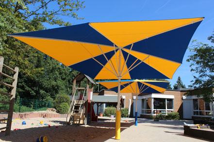 may SCHATTELLO 4x6m rechteckig | mit Prallschutz in gelb und blau | Bespannung: mayTEX-Acryl Markisentuch Tuch-Nr.: SA 314 011 königsblau und SA 314 003 gelb
