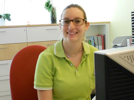 Adriana Tanno (Medizin. Praxis-Assistentin)