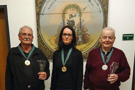 Unsere erfolgreichen Mitglieder: v. l.n. r.: Georg Macek, Diana Rudolph, Josef Kessler