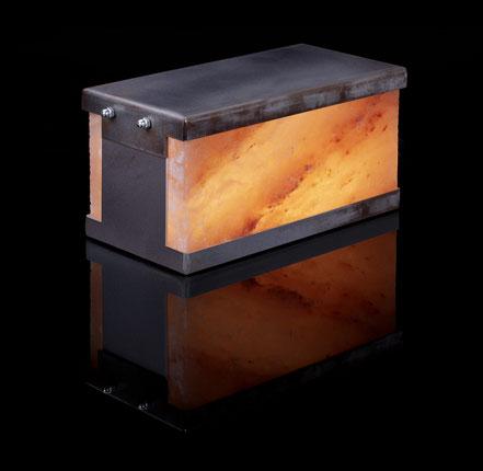 Tischleuchte U-BOOT, Salzstein-Leuchte von Julian & Lasaroff®