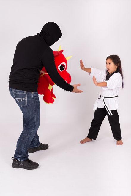 Oldenburg, karate, kickboxen, slbstverteidigung, kungfu, Kravmaga, judo, kampfsport, kim saskia brüning