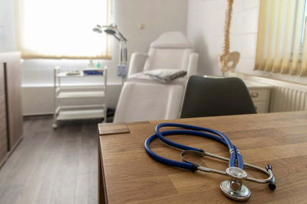 Der einladende Praxisraum der Heilpraktiker-Praxis von Yvonne Geistert in Grimma bei Leipzig