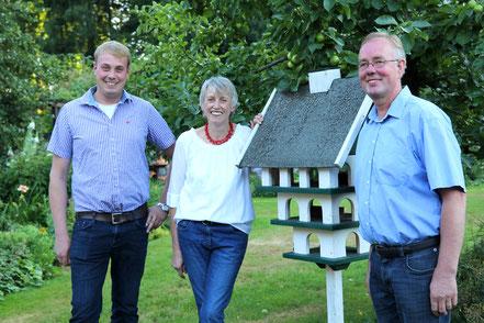 Martina und Dieter Suhrkamp mit ihrem Sohn Marten