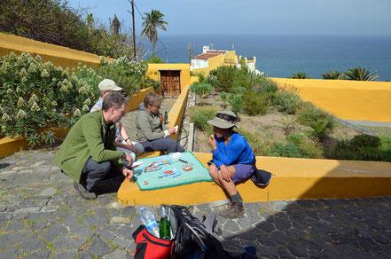 Picknick am alten Herrenhaus Casona de Castro.