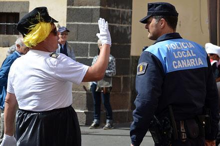 Wer ist hier der echte Polizist?