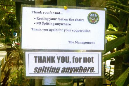 """Hinweis im Außenbereich vom """"Itoy's Coffee Haus"""" (Puerto Princesa)"""