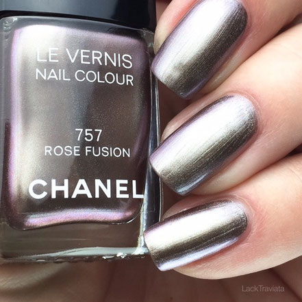 swatch CHANEL ROSE FUSION 757 Collection Rouge Noir Absolument