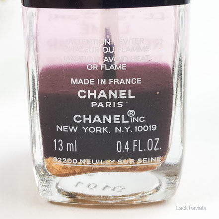 swatch CHANEL LE TOP COAT LAMÉ ROUGE NOIR Collection Rouge Noir Absolument
