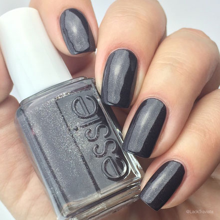 swatch essie frock'n roll by LackTraviata