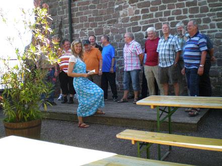 2011 - Ein Ständchen auf der Madenburg in Annweiler / Pfalz