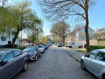 Wohnstraße in Bremen-Kattenesch (Bremen Obervieland) (Foto: 04-2020 Jens Schmidt)