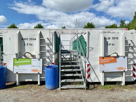 Angelieferter Müll ist selbständig auf die entsprechenden aufgestellten Müllcontainer zu entsorgen. Recyclinghof Obervieland in Bremen-Habenhausen (Foto: 05-2020, Jens Schmidt)