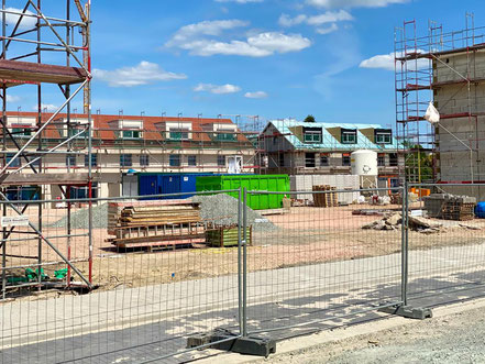 Erste Reihenhausneubauten wurde bereits im Februar 2020 bezogen - Großbaustelle Gartenstadt Werdersee im Mai 2020 (Foto: 05-2020, Jens Schmidt)