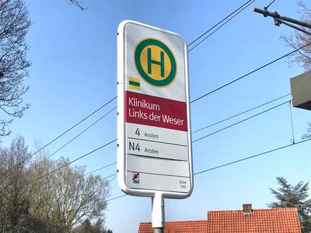 """Haltestelle """"Klinkum Links der Weser"""" der Linie 4 der Straßenbahn der Bremer Straßenbahn AG, Bremen-Kattenturm, Bremen Obervieland"""