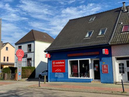 Vodafone Shop stadteinwärts an der Kattenturmer Heestraße in Bremen-Kattenturm