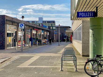 Das Polizeirevier Kattenturm im Hause des Ortsamts Obervieland (Kattenturm-Mitte)