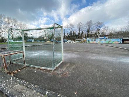Im Funpark Bremen kann auch Fußball und Basketball gespielt werden