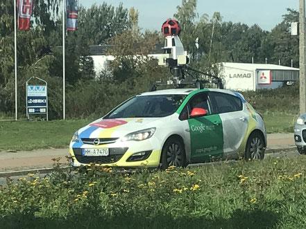 Google Street View Fahrzeug in Bremen-Habenhausen (09.10.2018)