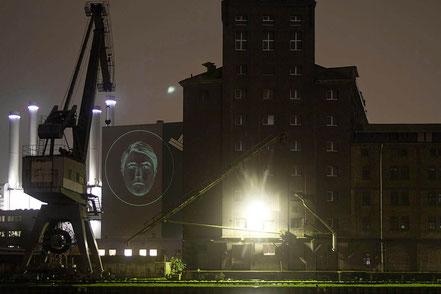 BERND   2006 Ø 17 m  Lichtprojektion   GuD-Anlage Stadtwerke Münster