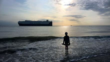 Meditationen - Junge am Meer
