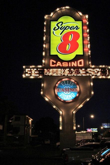 Las Vegas, Super 8