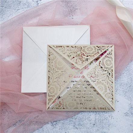 Lasercut Karte #A0015, Standardfarbe Cream Shimmer, Hochzeitskarten, Einladungskarten