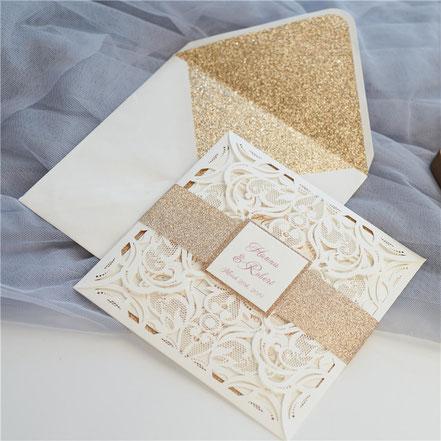 Lasercut Karte #A0019 Standardfarbe Ivory Shimmer, Hochzeitskarten