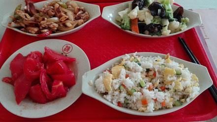 大連外国語大学 学生食堂の食事